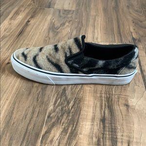 VANS slip on. Tiger Fur.